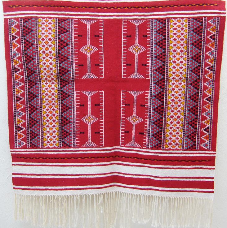 Tapis kilim tunisien tapis tunisien tapis marocain for Decoration murale berbere